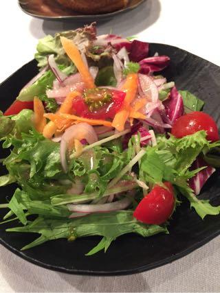 サラダは健康にする。
