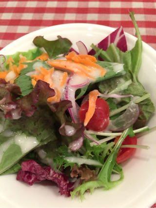サラダは健康の源